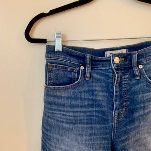 Madewell jeans with frayed hem, size 26